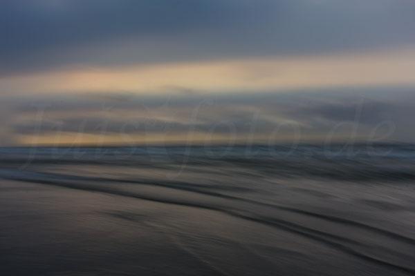 Juist-Fotoreise-Wellenspiel-hell